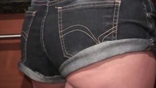 tenåring blowjob brunette ass