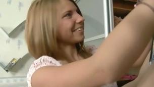 tenåring babe blonde hardcore