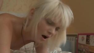 tenåring doggystyle blonde hardcore