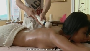 Hunk is delighting stripped beauty with sensual oil massage
