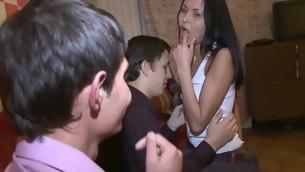tenåring brunette amatør russisk